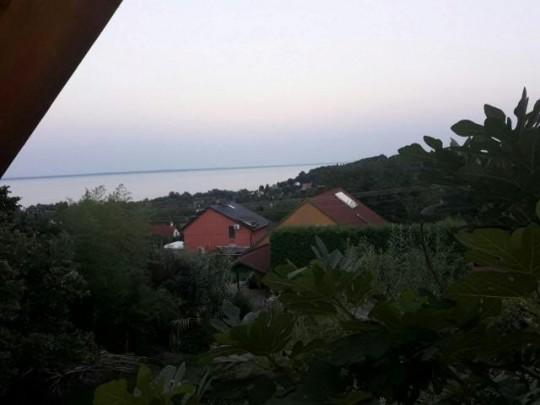 Balatonalmádi, ház eladó 1