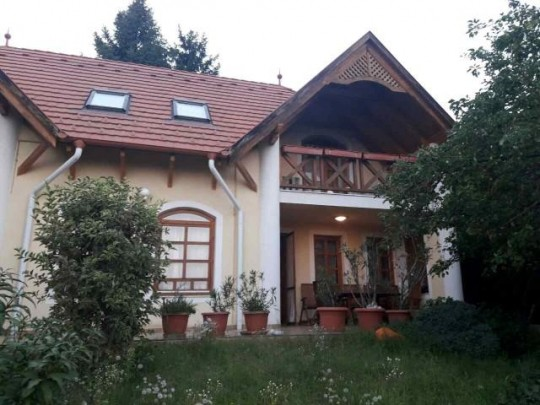 Balatonalmádi, ház eladó 3