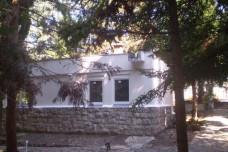 Balatonakarattya, ház